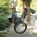 Pferdeschaukel Kinderschaukel aus recycelten Reifen in...